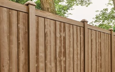 Should I get a Vinyl or Wood Privacy Fence?